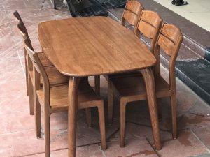 Bộ bàn ăn 6 ghế gỗ sồi Nga mặt bầu dục 4 chân BAS08